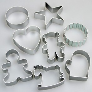 Set of 8 Traditional Shapes Cookie Cutters - Scalloped Teddy Round & More
